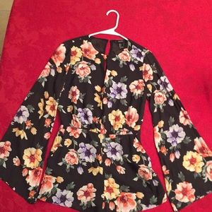 NWOT Romper Size Small Forever 21